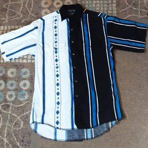 Men's 1970's Wrangler shirt w/ asymmetric pattern